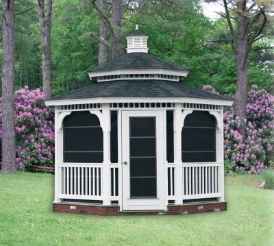 features and benefits of a vinyl gazebo from Pine Creek Structures