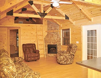 Pine Creek Cabin Living Area