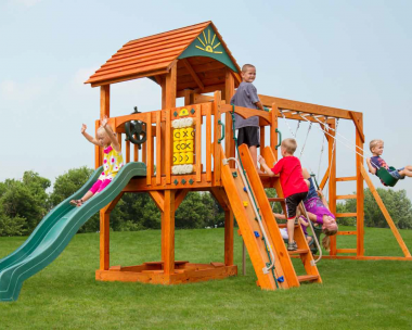Pine Creek, Cubbys Fort Wood Swing Set in Martinsburg WV 25404