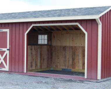 10x20 Run In Barn with Tack Room
